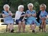 Anziani-Anziane alla panchine
